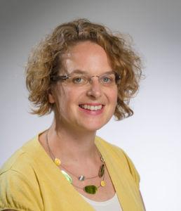 Chantal Knoles